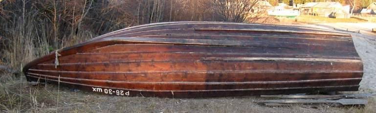 лодка с туннелем для мелкой воды